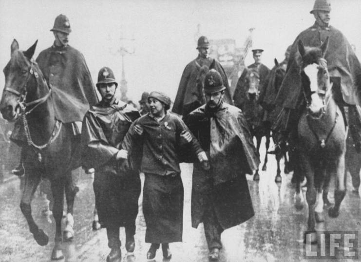 sylviapankhurstsuffragettearrest