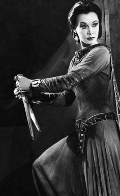 Sistrrr Lady Vivien Macbeth